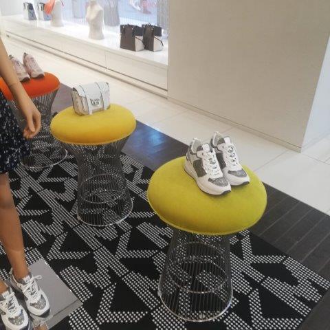 buy luxury brands italy personal shopper (31)