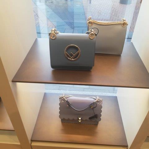 buy luxury brands italy personal shopper (39)